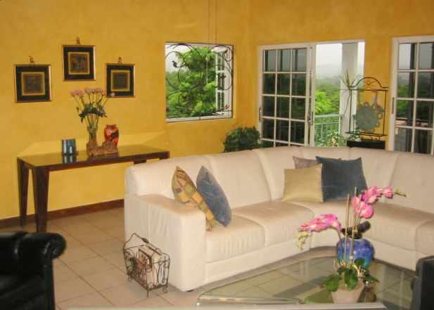 Ocho rios villas ocho rios villa rental ocho rios luxury for Room decor jamaica