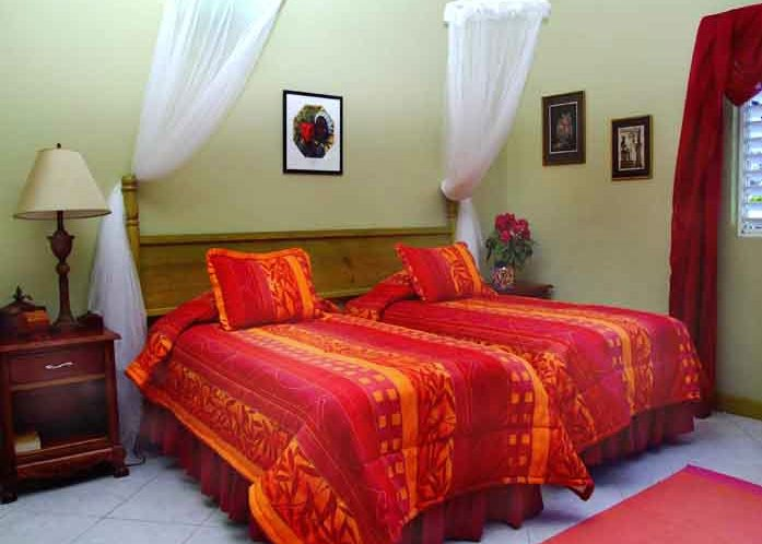 Jamaica bed and breakfast the blue house luxury b b inn for Luxury boutique bed and breakfast